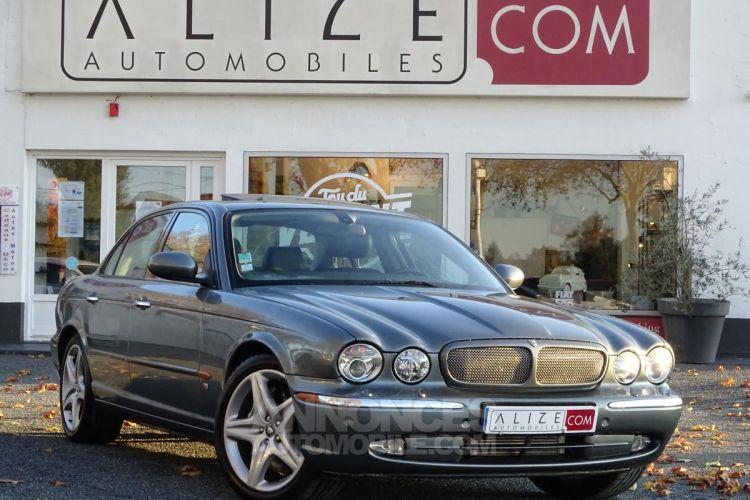 Jaguar XJ R 4.2i V8 Suralimenté - BVA R 2003 BERLINE . PHASE 1 - <small></small> 21.750 € <small>TTC</small> - #1