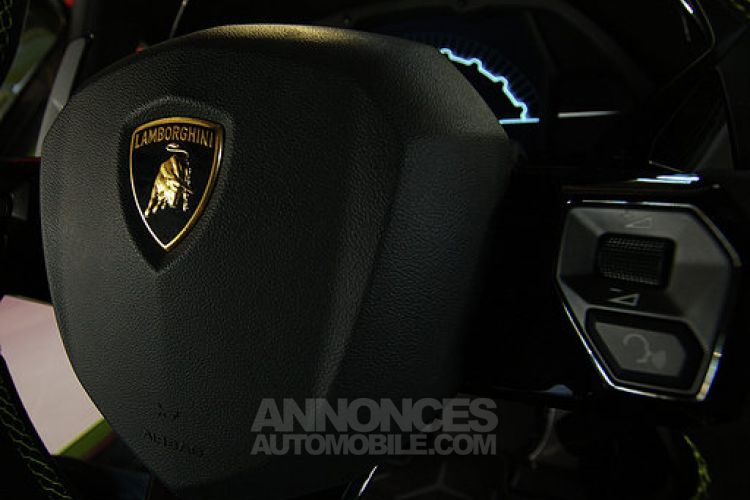 Lamborghini Aventador ROADSTER 6.5 V12 LP750-4 SV - <small></small> 595.900 € <small></small> - #17