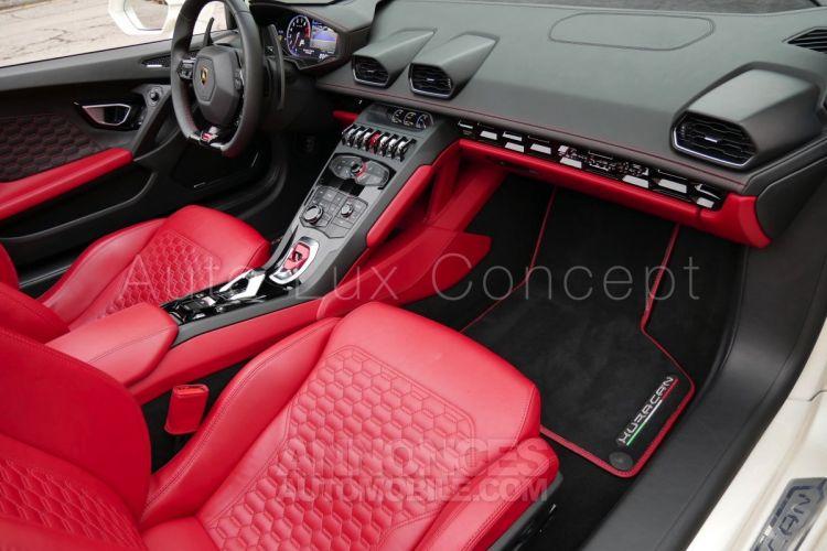 Lamborghini Huracan LP 610-4 Spyder, Caméra, Lift System, Sensonum, Film XPEL intégral - <small></small> 193.490 € <small>TTC</small> - #6