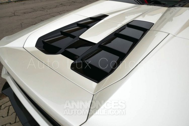 Lamborghini Huracan LP 610-4 Spyder, Caméra, Lift System, Sensonum, Film XPEL intégral - <small></small> 193.490 € <small>TTC</small> - #10