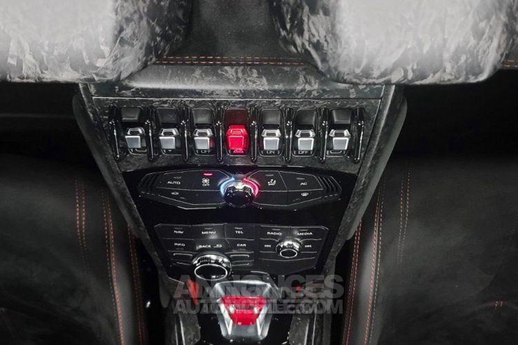 Lamborghini Huracan LP 640-4 PERFORMANTE - <small></small> 239.900 € <small>TTC</small> - #13