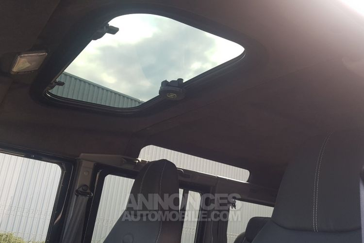 Land Rover Defender DEFENDER TD4 110 SW BLACK EDITION – 7 PLACES - <small></small> 71.900 € <small></small> - #23