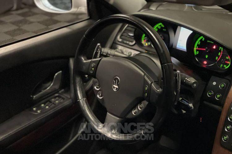 Maserati Quattroporte 4.2 V8 400 ch - <small></small> 19.780 € <small>TTC</small> - #10