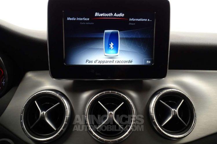 Mercedes CLA Shooting Brake 200 d - <small></small> 21.390 € <small>TTC</small> - #12