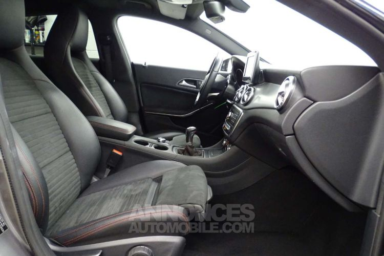 Mercedes CLA Shooting Brake 200 d - <small></small> 21.390 € <small>TTC</small> - #13