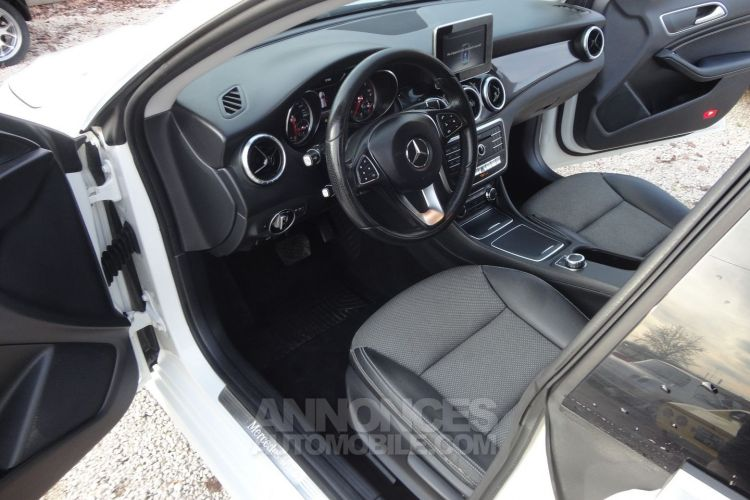 Mercedes CLA Shooting Brake 200 D INSPIRATION 4MATIC 7G-DCT - <small></small> 15.800 € <small>TTC</small> - #2