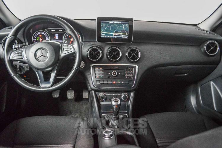 Mercedes Classe A 180 BE Edition / 1eigenr / Navi / Cruise / Pdc / Airco / Handsfree - <small></small> 18.995 € <small>TTC</small> - #2