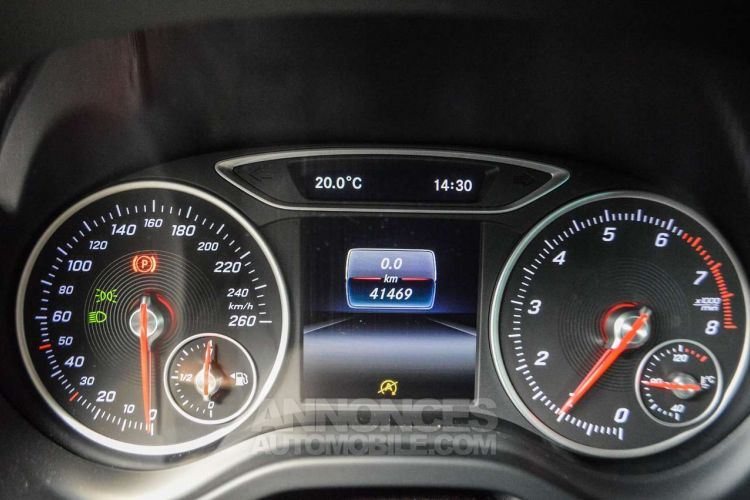 Mercedes Classe A 180 BE Edition / 1eigenr / Navi / Cruise / Pdc / Airco / Handsfree - <small></small> 18.995 € <small>TTC</small> - #19