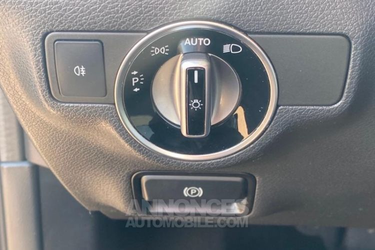 Mercedes Classe A 180 d Sport Edition 7G-DCT - <small></small> 20.900 € <small>TTC</small> - #11