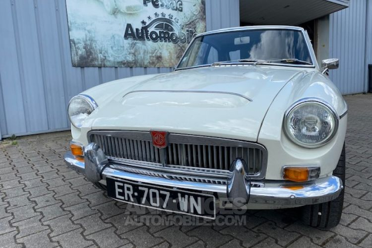 MG MGC GT 6 CYLINDRES 3 LITRES OVERDRIVE - <small></small> 26.500 € <small>TTC</small> - #14