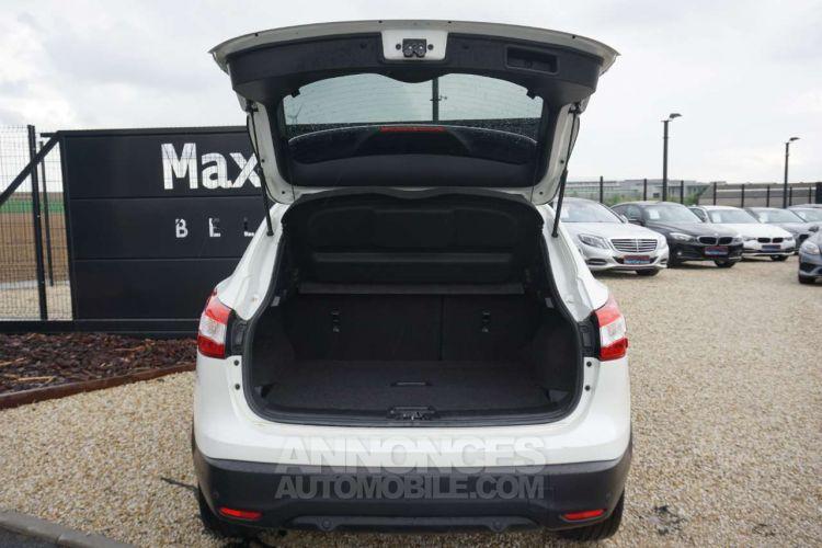 Nissan QASHQAI 1.6 dCi 2WD - Toit pano - Cuir - Caméra - EURO 6 - <small></small> 14.950 € <small>TTC</small> - #11