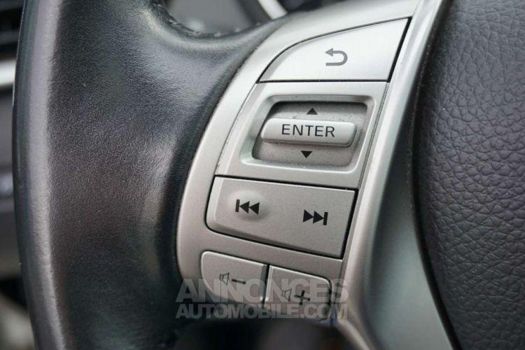 Nissan QASHQAI 1.6 dCi 2WD - Toit pano - Cuir - Caméra - EURO 6 - <small></small> 14.950 € <small>TTC</small> - #19