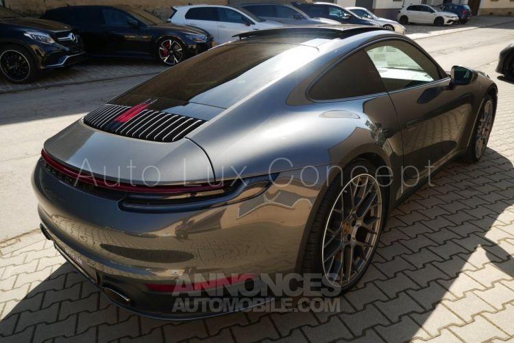 Porsche 992 911 Carrera 4S, SportDesign, Toit pano, Caméra 360°, Pack Chrono, Échappement sport... - <small></small> 134.990 € <small>TTC</small> - #3
