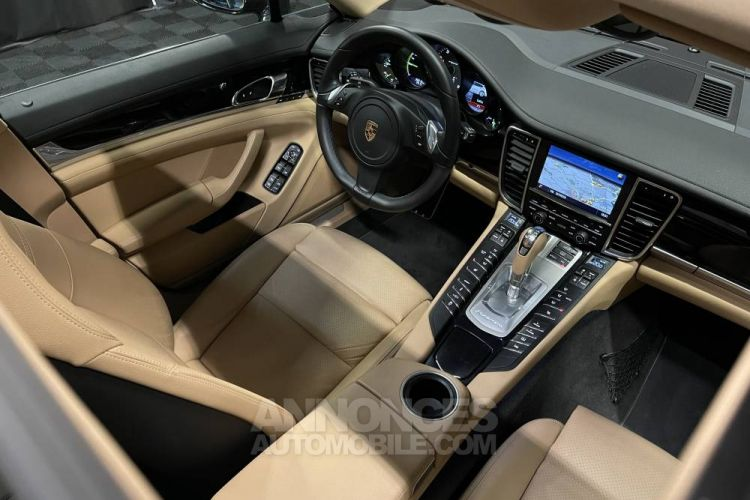 Porsche Panamera V6 3.0 416 ch Hybrid - <small></small> 69.780 € <small>TTC</small> - #10