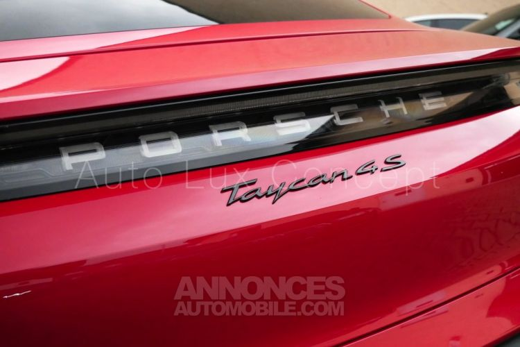 Porsche Taycan 4S Performance +, ACC, Chrono, BOSE, Caméra 360° - <small></small> 129.890 € <small>TTC</small> - #15