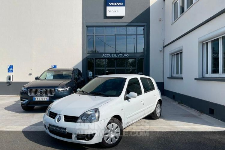 Renault Clio 1.5 dCi 65ch Dynamique 5p - <small></small> 3.950 € <small>TTC</small> - #1