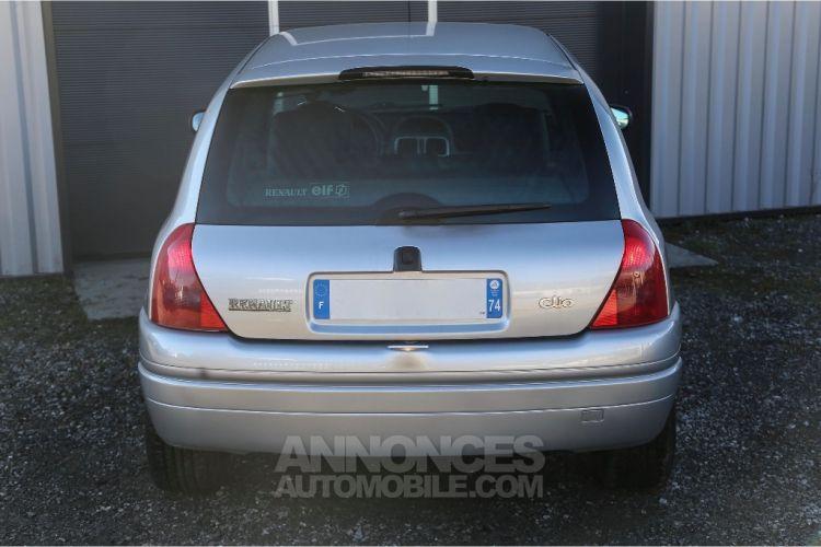Renault Clio 2 RS1 16v SHIFTLIGHT - <small></small> 5.990 € <small>TTC</small> - #6