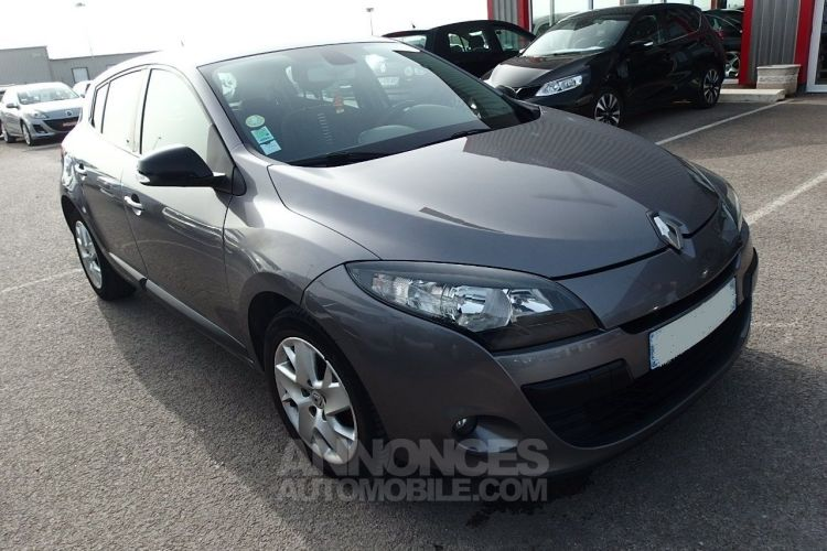 Renault Megane 1.5 DCI 110CH FAP AUTHENTIQUE ECO² - <small></small> 5.490 € <small>TTC</small> - #1