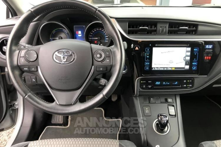 Toyota Auris HSD Collection 136h 136ch - <small></small> 16.990 € <small>TTC</small> - #10