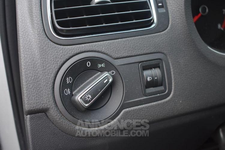 Volkswagen Polo CROSSOVER 1.2 TSI 90 CH GARANTIE - <small></small> 12.990 € <small>TTC</small> - #19