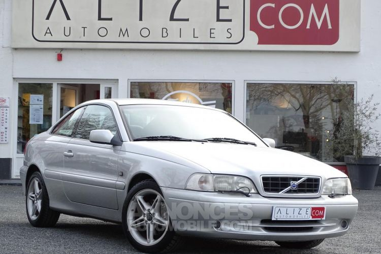 Volvo C70 Coupé T5 - BVA AVANT 2006 COUPE Optimum - <small></small> 9.470 € <small>TTC</small> - #1