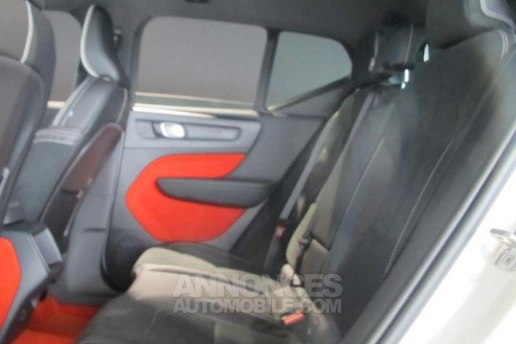 Volvo XC40 D4 AdBlue AWD 190ch R-Design Geartronic 8 - <small></small> 47.900 € <small>TTC</small> - #6