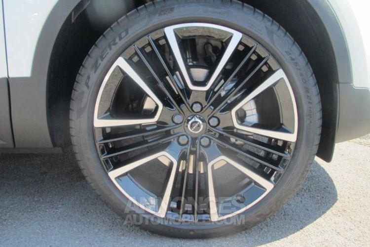 Volvo XC40 D4 AdBlue AWD 190ch R-Design Geartronic 8 - <small></small> 47.900 € <small>TTC</small> - #15
