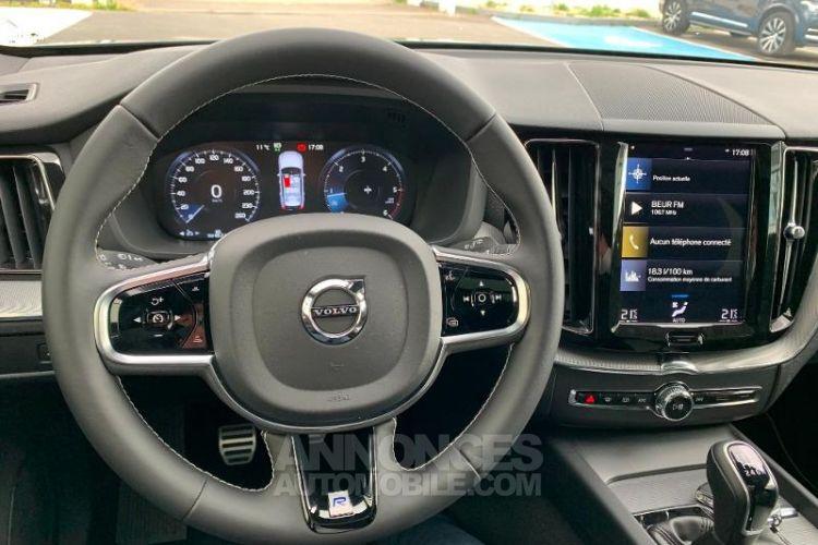 Volvo XC60 D3 AdBlue 150ch R-Design - <small></small> 43.990 € <small>TTC</small> - #11