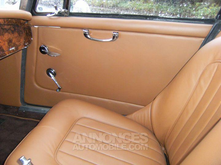 Austin Healey 3000 BJ8 MK3 old english white / Brun choco Occasion - 4