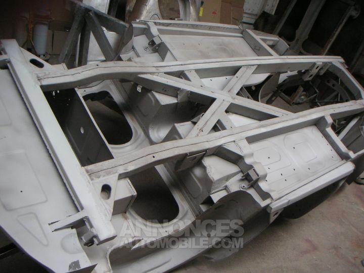 Austin Healey 3000 BJ8 MK3 old english white / Brun choco Occasion - 7