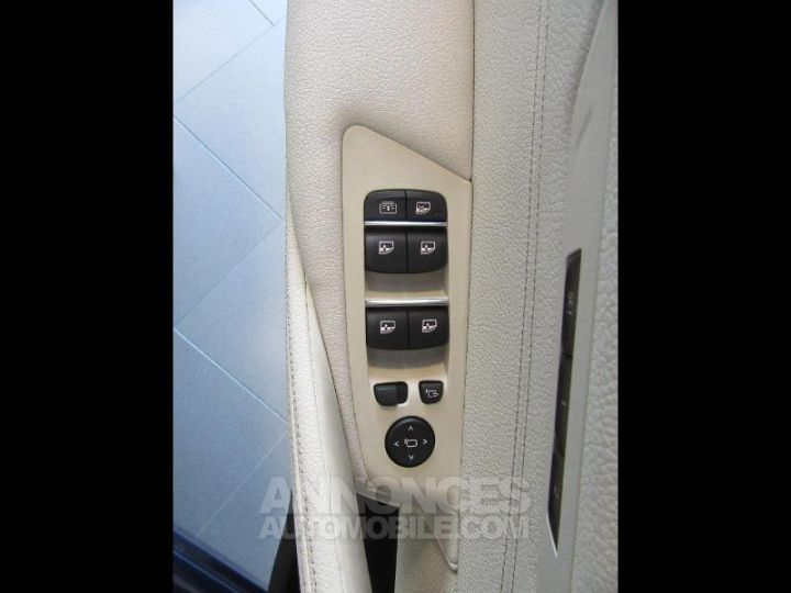 BMW Série 5 520dA xDrive 190ch Luxury Mediterranblau metallise Occasion - 13