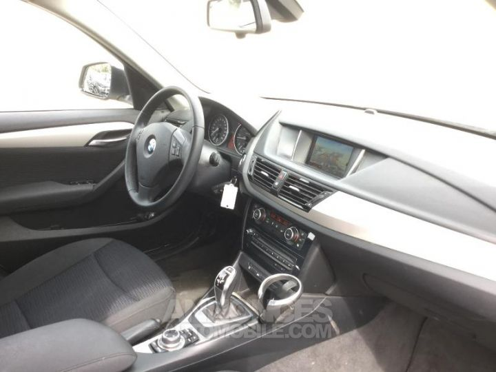 BMW X1 sDrive16dA 116ch Lounge Blanc Occasion - 3