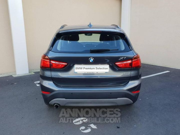 BMW X1 sDrive18dA 150ch Business Mineralgrau Occasion - 14