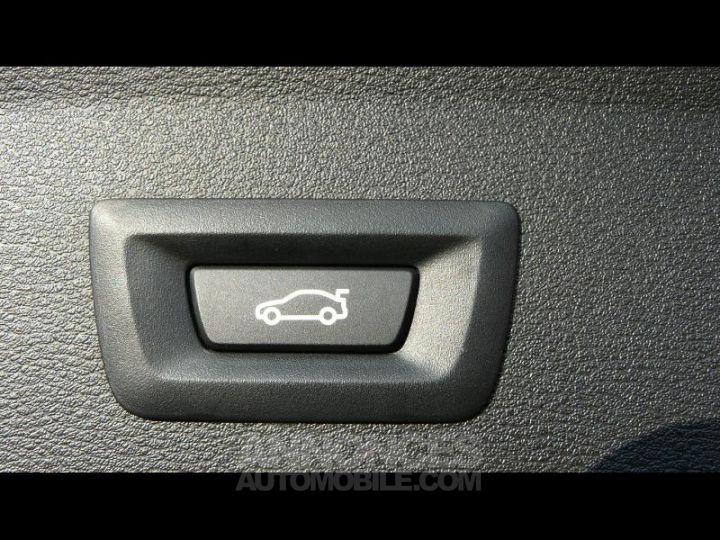 BMW X1 xDrive20dA 190ch M Sport Euro6c BLANC Occasion - 14