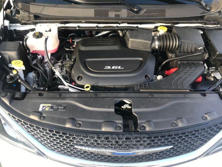 Chrysler Pacifica SL BLANC  Neuf - 10
