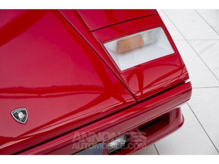 Lamborghini Countach 25th anniversary rouge Occasion - 17