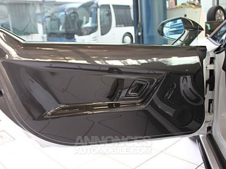 Lamborghini Gallardo Spyder performante Spyder LP570-4 blanc Occasion - 13