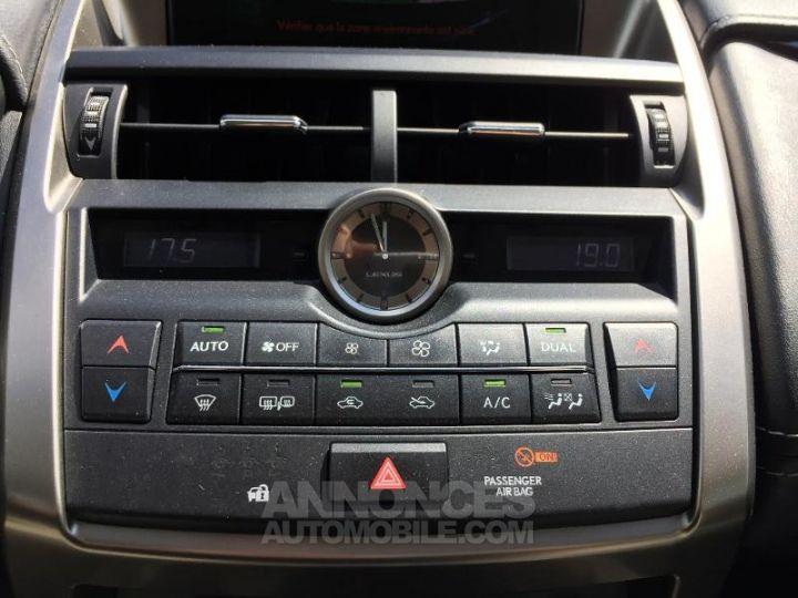 Lexus NX 300h 2WD Pack Gris Foncé Occasion - 15