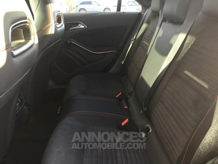Mercedes CLA 200 d Launch Edition 7G-DCT ZP BLEU CAVANSITE Occasion - 12