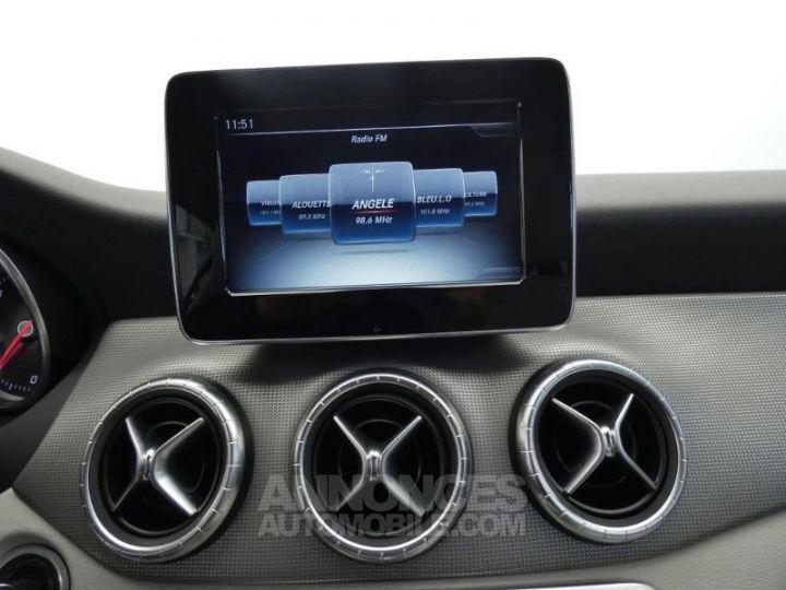 Mercedes CLA Shooting Brake 180 d Sensation Blanc Cirrus Occasion - 10
