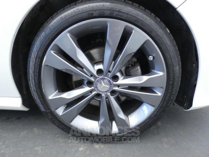 Mercedes CLA Shooting Brake 180 d Sensation Blanc Cirrus Occasion - 19