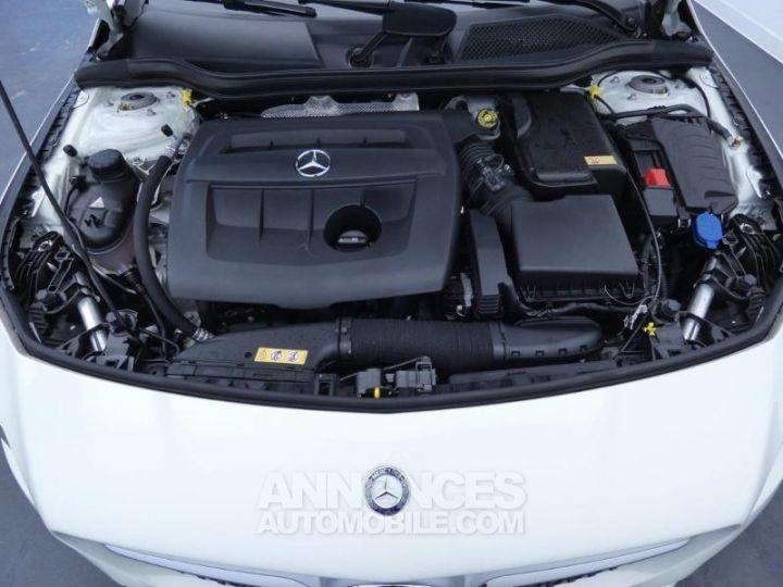 Mercedes CLA Shooting Brake 180 d Sensation Blanc Cirrus Occasion - 20