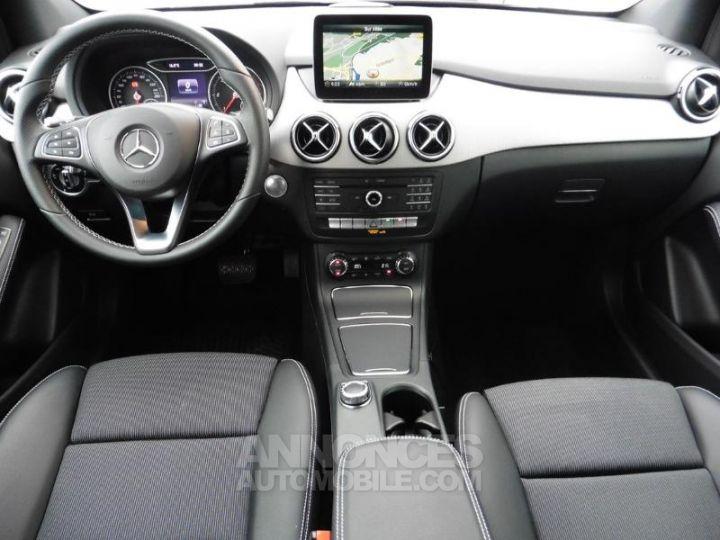 Mercedes Classe B 180 d 109ch Sensation 7G-DCT MARRON ORIENT Occasion - 4