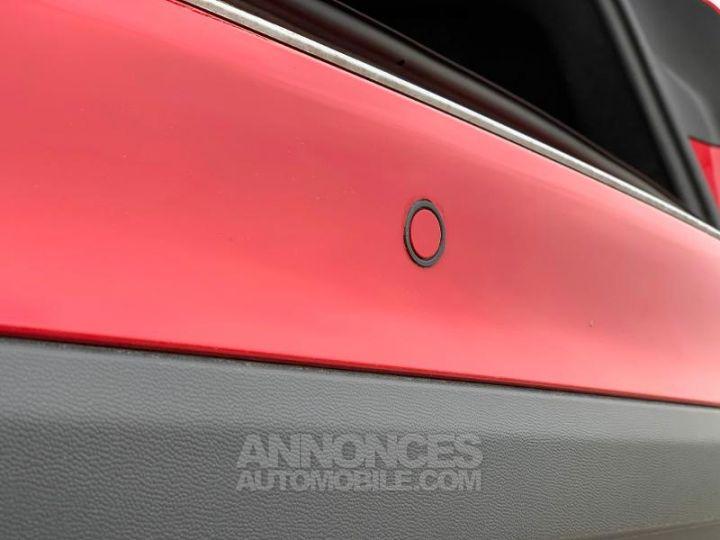 Mercedes Classe GLA 180 d Inspiration 7G-DCT ROUGE Occasion - 12