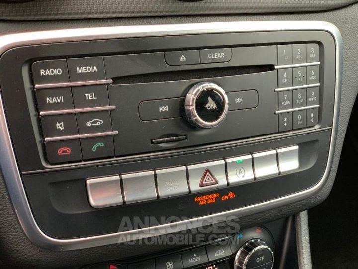 Mercedes Classe GLA 180 d Inspiration 7G-DCT ROUGE Occasion - 16