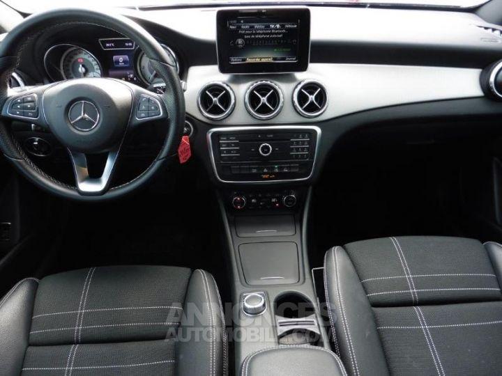 Mercedes Classe GLA 180 d Sensation 7G-DCT Noir Occasion - 5