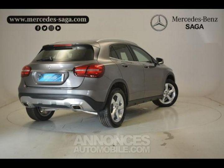 Mercedes Classe GLA 200 d Sensation 7G-DCT GRIS MONTAGNE Occasion - 2