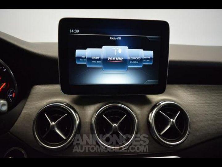 Mercedes Classe GLA 200 d Sensation 7G-DCT GRIS MONTAGNE Occasion - 6