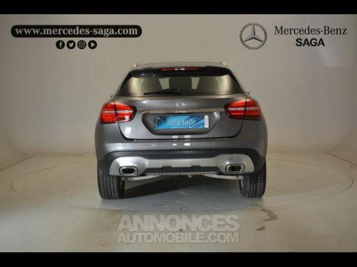 Mercedes Classe GLA 200 d Sensation 7G-DCT GRIS MONTAGNE Occasion - 12