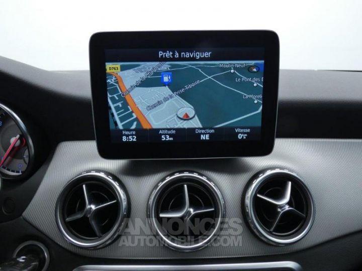 Mercedes Classe GLA 200 d Sensation 7G-DCT Blanc Cirrus Occasion - 9